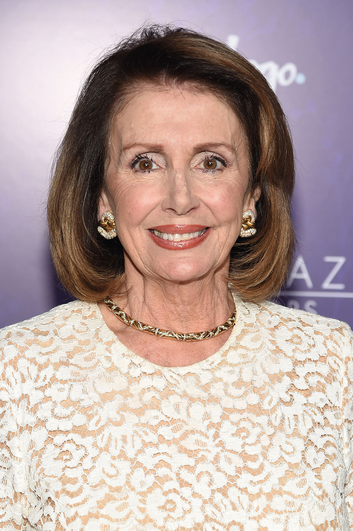nancy pelosi ooom100 ooom magazin